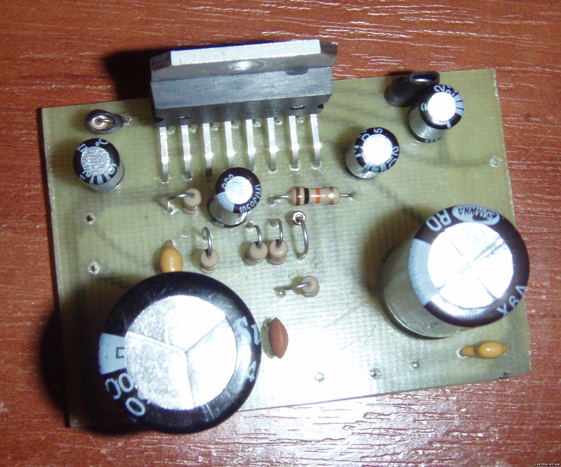 Схема электрических часов на микросхеме.